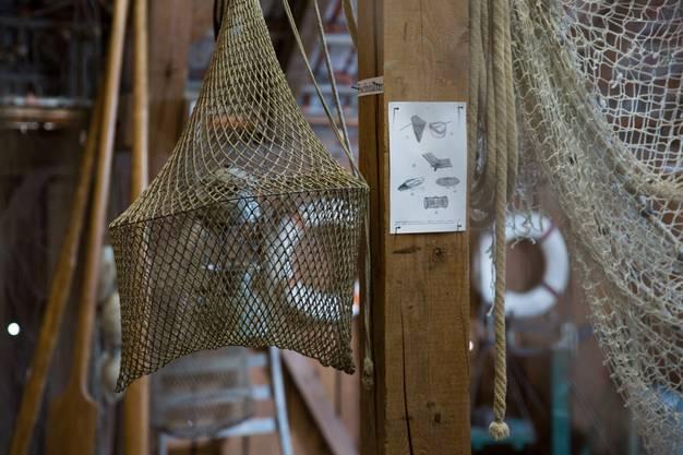 Netze und Reusen welche früher zum Fischfang verwendet wurden, im Ortsmuseum Schürhof in Windisch, am 9. Mai 2017.