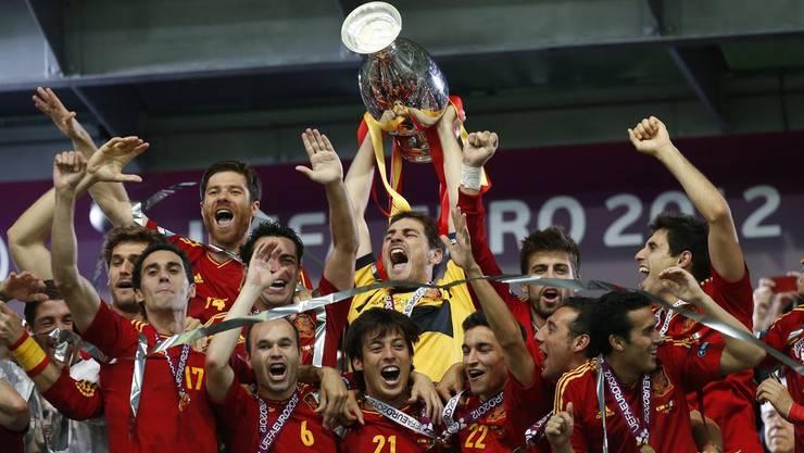 Iker Casillas kann den EM-Pokal schon zum zweiten Mal hochstemmen