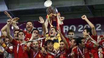 Spanien dominiert im Final der Europameisterschaft die Italiener