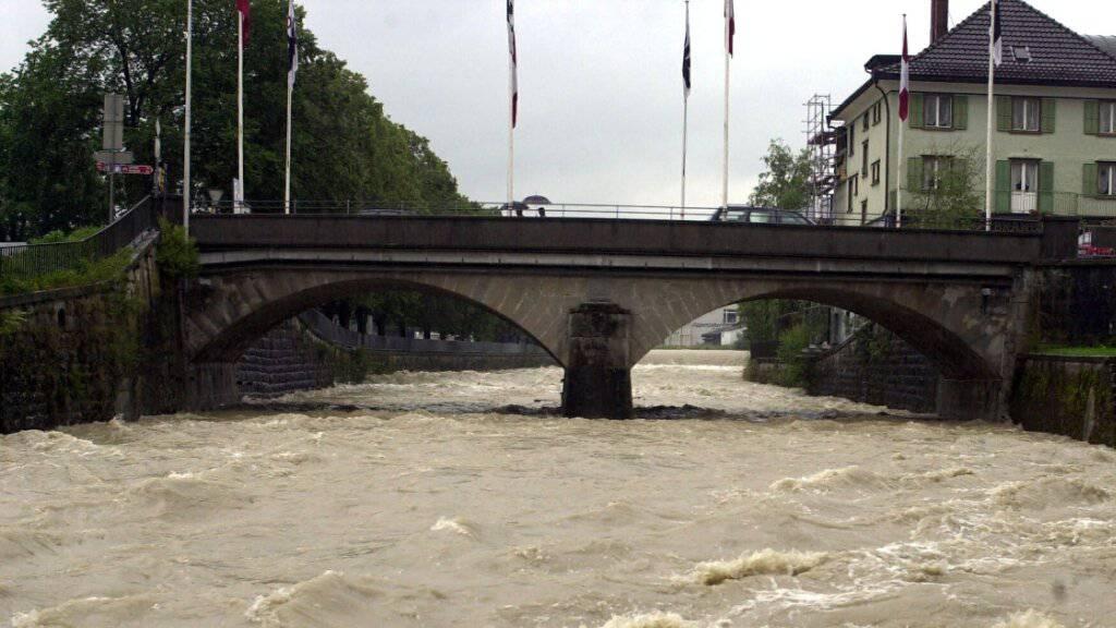 Überflutete Strassen im Zürcher Oberland nach Starkregen