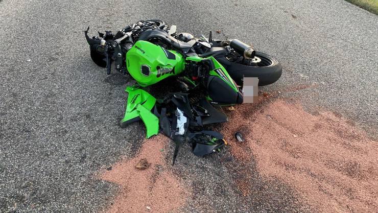 Ein 27-jähriger Motorradlenker fuhr von Oberhof in Richtung Passhöhe.