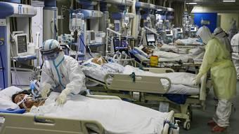 Die Zahl der Todesopfer durch das neuartige Coronavirus in der zentralchinesischen Provinz Hubei ist um 242 gestiegen. (Symbolbild)