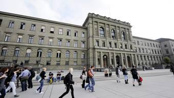 2011 zählte die ETH 17 187 Studierende, davon 36 Prozent Ausländer.