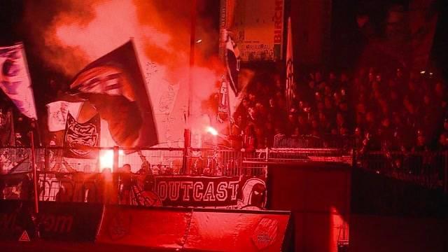 Blackout im Brügglifeld – Reaktionen von Club-Verantwortlichen, Schiedsrichtern und Fussballfans.
