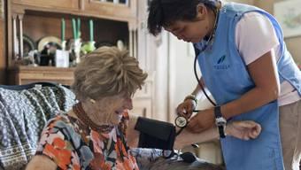 20 Prozent oder maximal 6000 Franken jährlich sollen Patienten von der Spitexfinanzierung übernehmen. (Symbolbild)