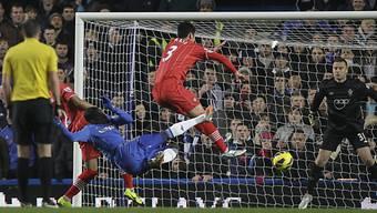 Chelseas Demba Ba erzielt das 1:0 gegen Southampton.