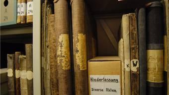 Die alten Bücher drohen zu verfallen. Foto: AZ Archiv/Walter Schwager
