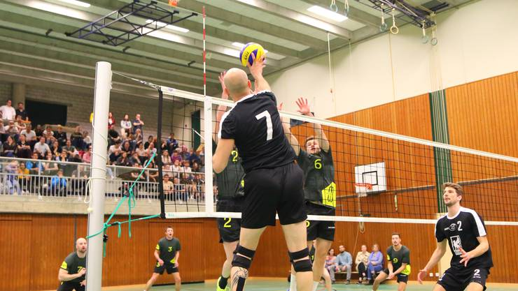 Das Herren 1 verpasste zwar den Aargauer Cup-Sieg, steigt jedoch direkt in die 1. Liga auf.