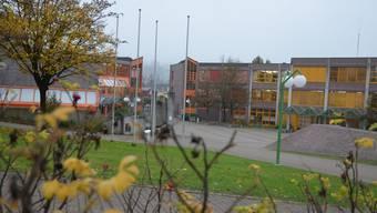In den Bachmatten-Schulhäusern stehen in den nächsten Jahren erhebliche Investitionen an. ES
