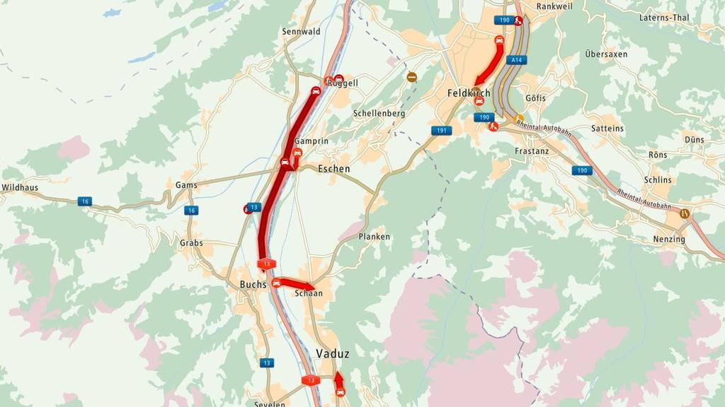 Von Sennwald in Richtung Buchs staut es.