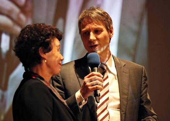 Volkswirtschaftsdirektorin Esther Gassler im Gespräch mit Moderator Franz Fischlin