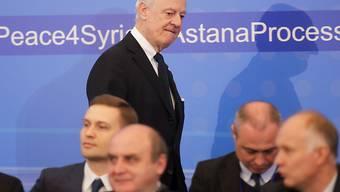 UNO-Sondergesandter Staffan de Mistura bei den Gesprächen in Astana