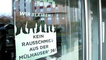 Erfolg für die Mieterinnen und Mieter der Mülhauserstrasse: Die verbliebenen vier Mietparteien dürfen nach der Sanierung wieder in ihre Wohnungen zurück.