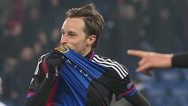 Luca Zuffi ist mit seinen beiden Toren der Matchwinner an diesem denkwürdigen Abend.
