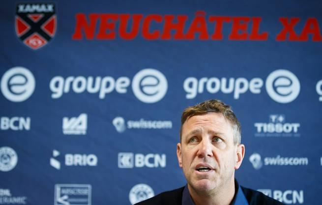 Der neue Cheftrainer Stéphane Henchoz hat den Auftrag, Xamax in der Super League halten.
