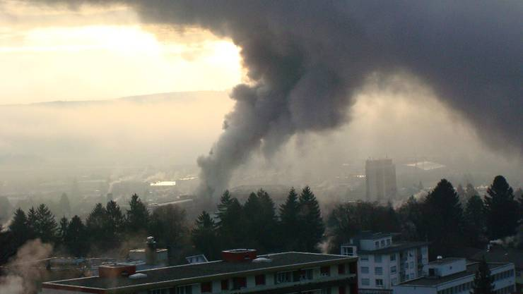 Die Rauchsäule war weit über Grenchen hinaus riech- und sichtbar.