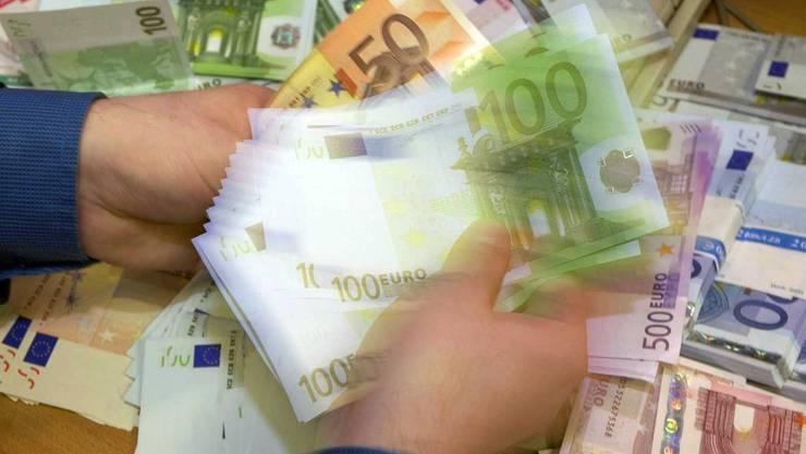 Euro statt Franken für Grenzgänger. (Symbolbild)