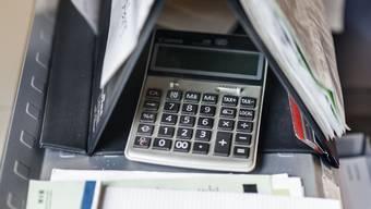Zahlenlastige Debatte: Der Grosse Rat reduziert die Schulden auf unter eine Milliarde Franken. (Symbolbild)