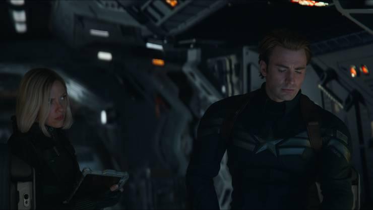 Wie weiter nach der grossen Niederlage? Black Widow (Scarlett Johansson) und Captain America (Chris Evans) hecken einen neuen Plan aus.