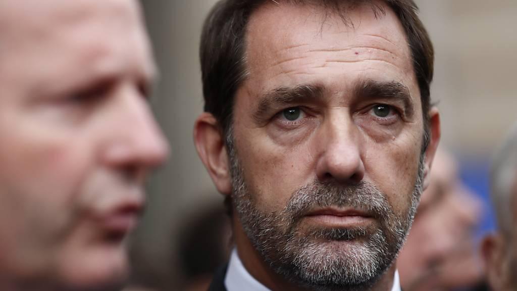 Innenminister räumt nach Messerattacke Fehler ein