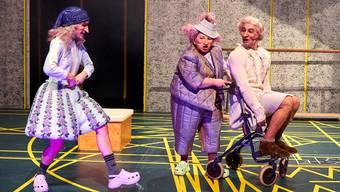 Für Kaspar (links) und Seppel ist klar: Sie lassen die beraubte Grossmutter nicht im Stich.
