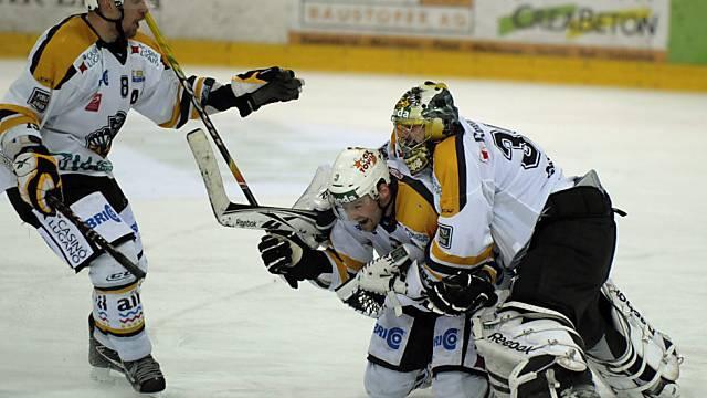 Luganos Spieler feiern den vorzeitigen Ligaerhalt