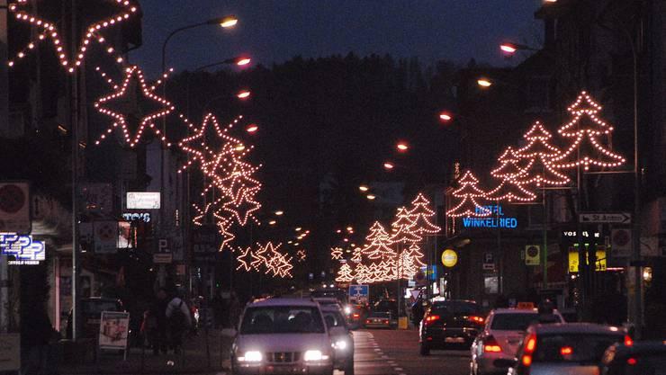 Weihnachtsbeleuchtung Glühlampen.4736 Led Lampen Sorgen In Wettingen Für Weihnachtsstimmung Baden