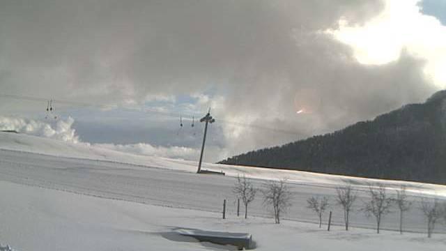 So sieht es derzeit auf dem Balmberg aus. Balmberger Skilift «Höfli» um 13 Uhr.