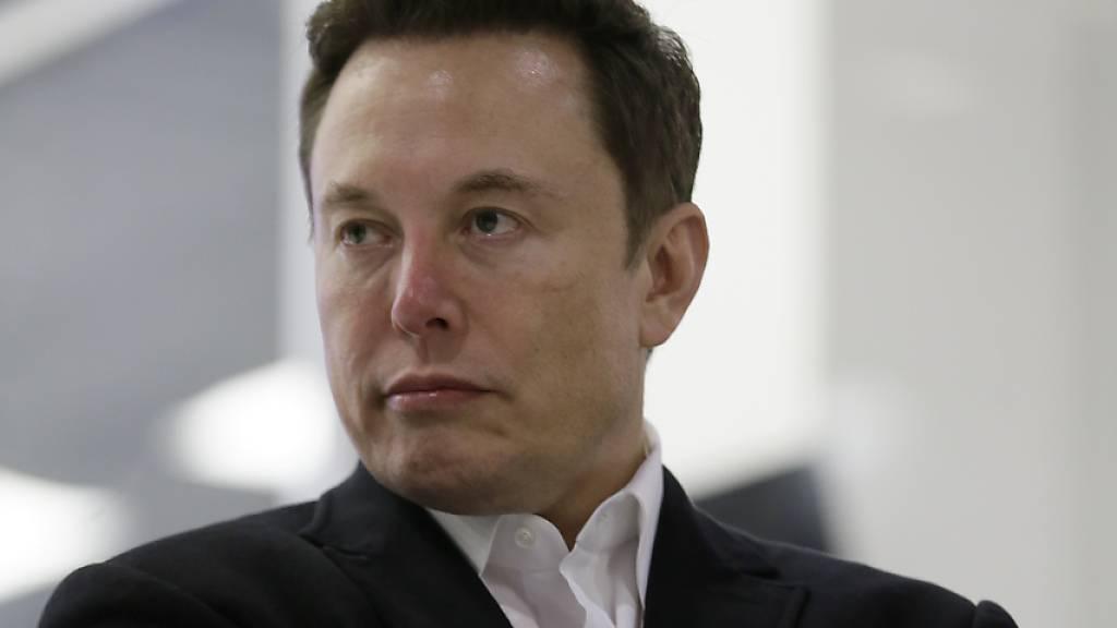War nicht lange «off»: Tesla-Chef meldete sich bereits nach drei Tagen Abstinenz wieder auf Twitter zurück. (Archivbild)