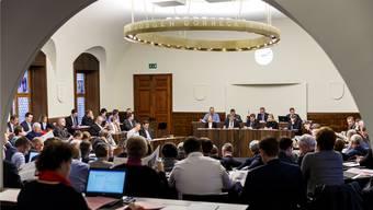 Der Kantonsratssaal ist der Schauplatz der Sondersession. Wie lange sie dauern wird, ist offen – das Parlament tagt «open end».