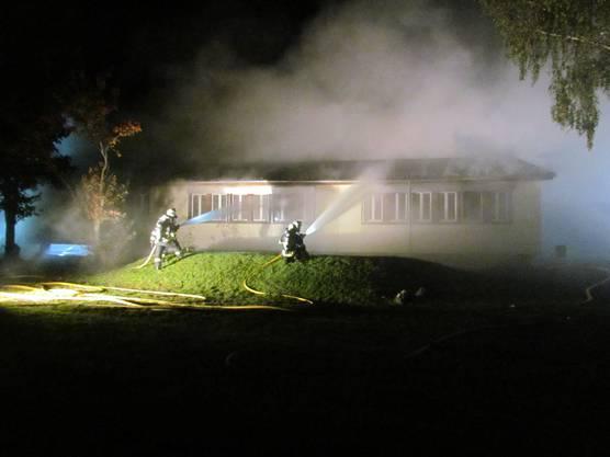 Brandanschlag aufs Schulhaus in Sins.
