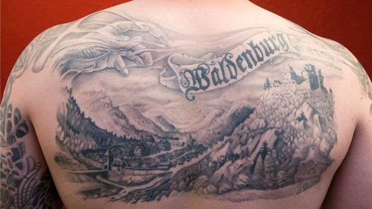 Waldenburg war und ist ein Hort von Kreativen, seis ein Tattoo auf dem Rücken oder – gewichtiger – die Erfindung eines Foom Smokers für die Gourmet-Küche.