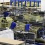 Produktion der Ruag in Emmenbrücke: Der Rüstungs- und Technologiekonzern reagiert mit Arbeitszeitverlängerungen und Sparmassnahmen auf den starken Franken (Archiv).