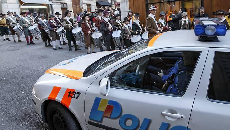 Verstärkte Polizeipräsenz in Genf: Im Bild ein Umzug an der Escalade am Samstag.