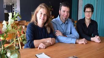 Freuen sich auf die neue Saison (von links): Esther Keller, Bar und Forum; Stephan Filati, Betriebsleiter; Gabi Umbricht, Leitung Bühne.
