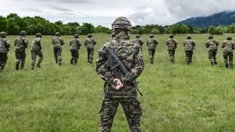 73 Rekruten sind in Chur erkrankt. Der Truppenarzt geht von einer infektiösen Magen-Darm-Erkrankung aus. (Symbolbild)