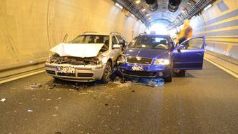 Auffahrkollision Autobahn A2 Arisdorftunnel