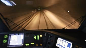 Der Lötschberg-Basistunnel ist nach einem Wassereinbruch ab Freitag wieder vollständig befahrbar.