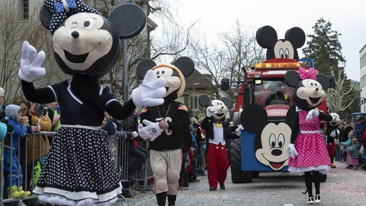 """90 Johr Mickey Mouse"", Hotzwälder Dentike, Dintikon. Brugger Fasnachtsumzug, 10. März 2019"