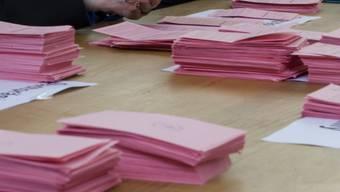 Für die Doppeler-Ersatzwahl in den Muttenzer Gemeinderat stehen fünf Kandidaten zur Auswahl. Der SP-Politiker Yves Laukemann ist dann jedoch zwei Wochen in den Ferien. (Symbolbild)