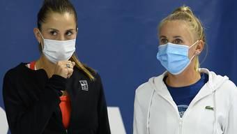 Belinda Bencic (links) und Jil Teichmann am letzten Freitag in Biel