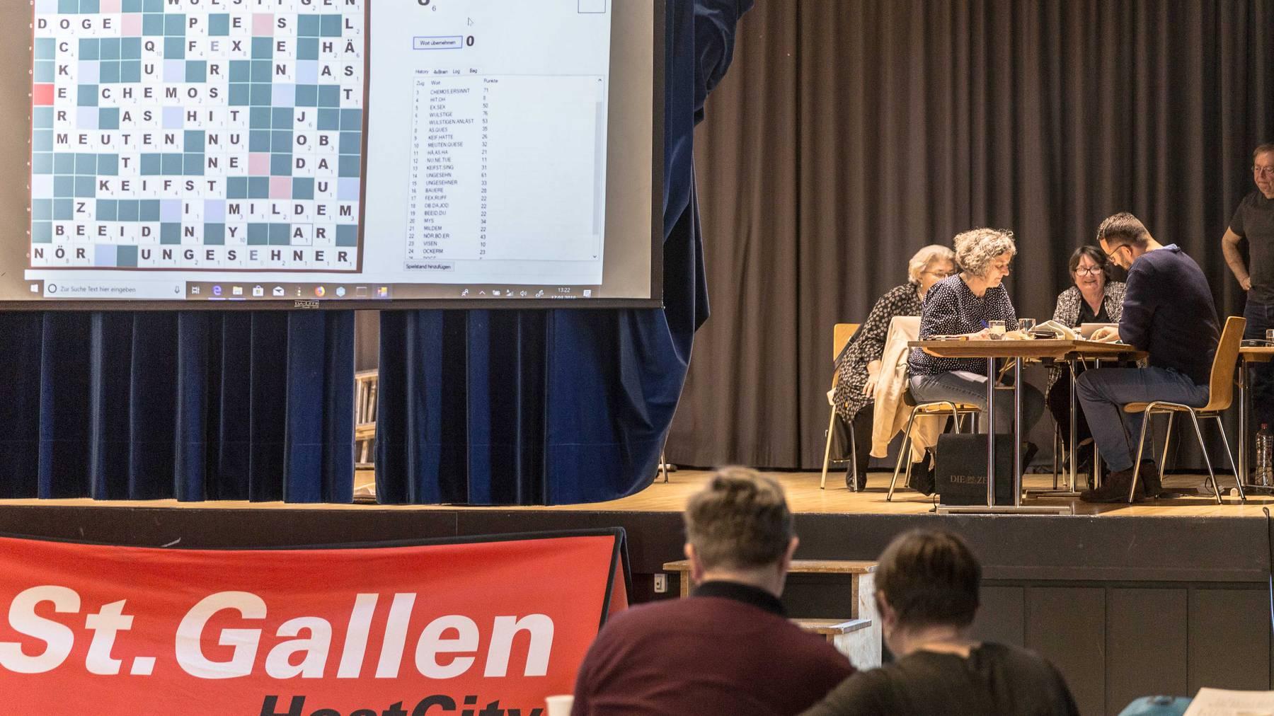 Am Scrabble-Turnier in St.Gallen messen sich internationale Scrabble-Grössen.