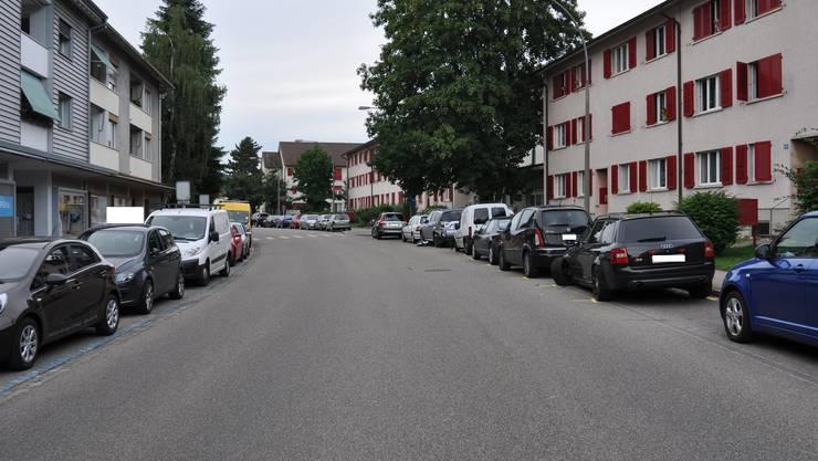 Der 74-jährige, alkoholisierte Lenker verlor in der Bäumlihofstrasse in Riehen die Macht über sein Fahrzeug.