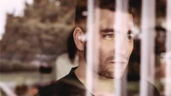 Baschi gibt sich auf seinem neuen Album gesellschafts-, sozial- und selbstkritisch. Sauberes Handwerk – doch man vermisst den Aufreger. Lorenz Richard