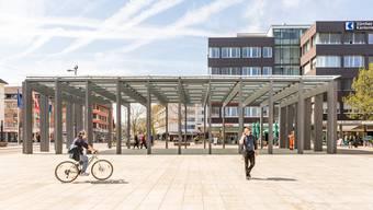 Platz für Container: Philipp Müller (FDP) sieht den Kirchplatz als möglichen Pop-up-Store-Standort.