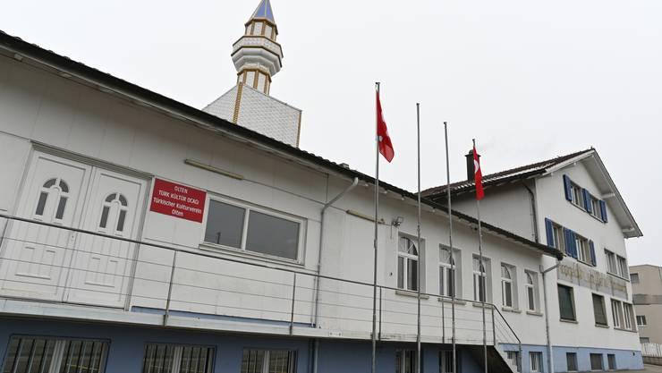 Vor zehn Jahren errichtet: Minarett des Türkischen Kulturvereins Olten beim Bahnhof Wangen ,