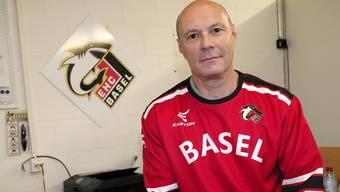 Abruptes Ende für den EHC Basel Sharks und den damaligen Trainer Dino Stecher.