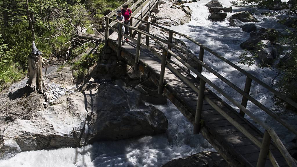 An dieser Stelle, beim sogenannten Hexenkessel des Gornernbachs, wurde im Mai 2019 ein Afghane tot aus dem Wasser gezogen.