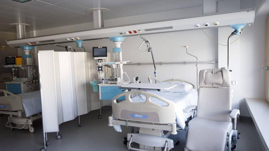 Seit 2008 haben weniger Menschen wegen einer Alkoholvergiftung in einem Spital stationär behandelt werden müssen. (Symbolbild)