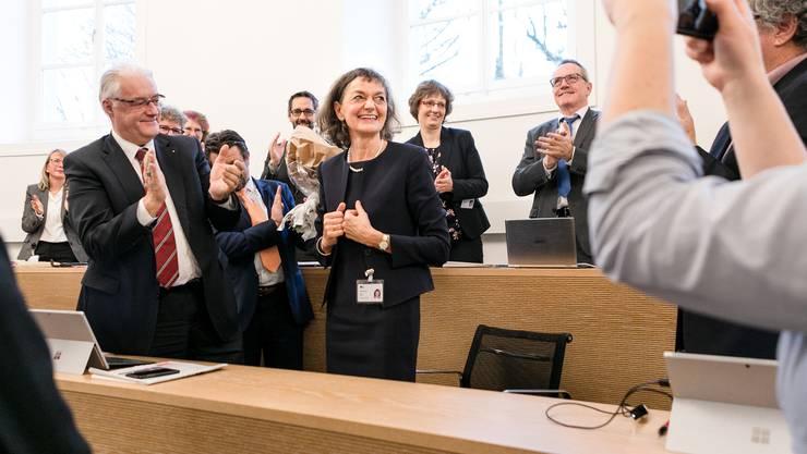Edith Saner strahlt: 132 Grossräte haben die CVP-Politikerin zur neuen Präsidentin gewählt.
